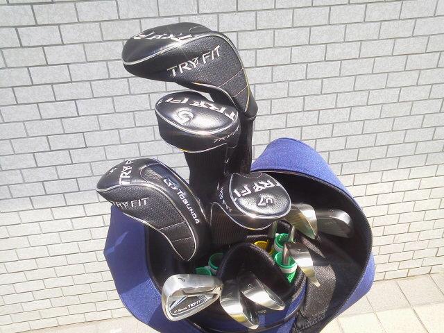 新しいゴルフクラブ・セット(AKI)